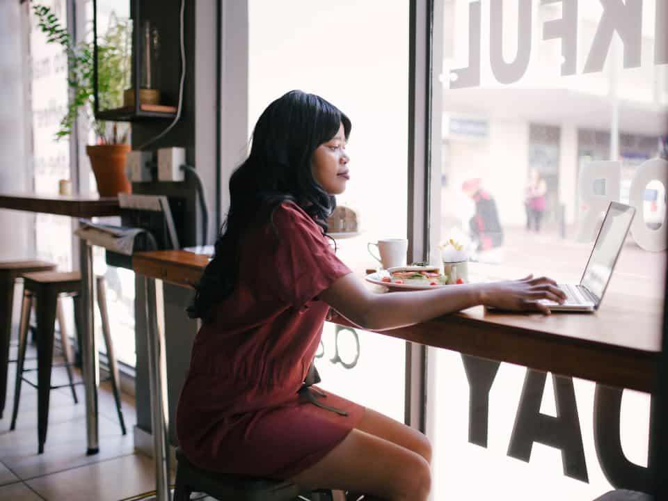15 dicas de como juntar dinheiro rápido todos os meses