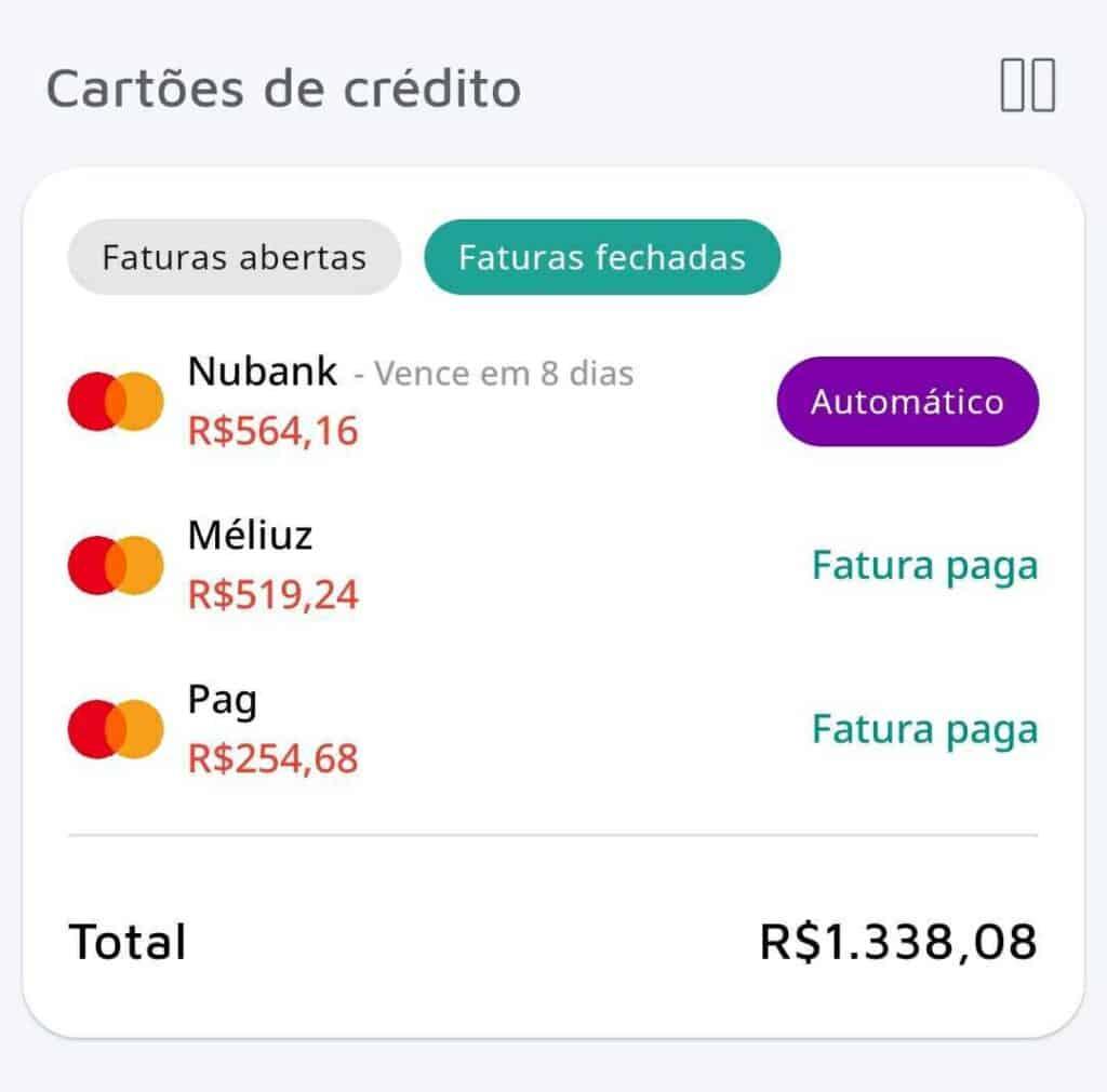 Tela de cartões de crédito do Mobills simbolizando dicas de planejamento financeiro para iniciantes