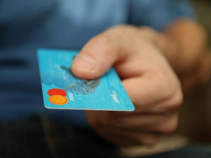 Imagem modelo de um cartão de crédito fácil de aprovar