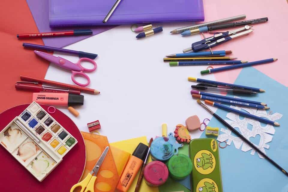 Material escolar barato: 13 dicas essenciais para economizar na compra