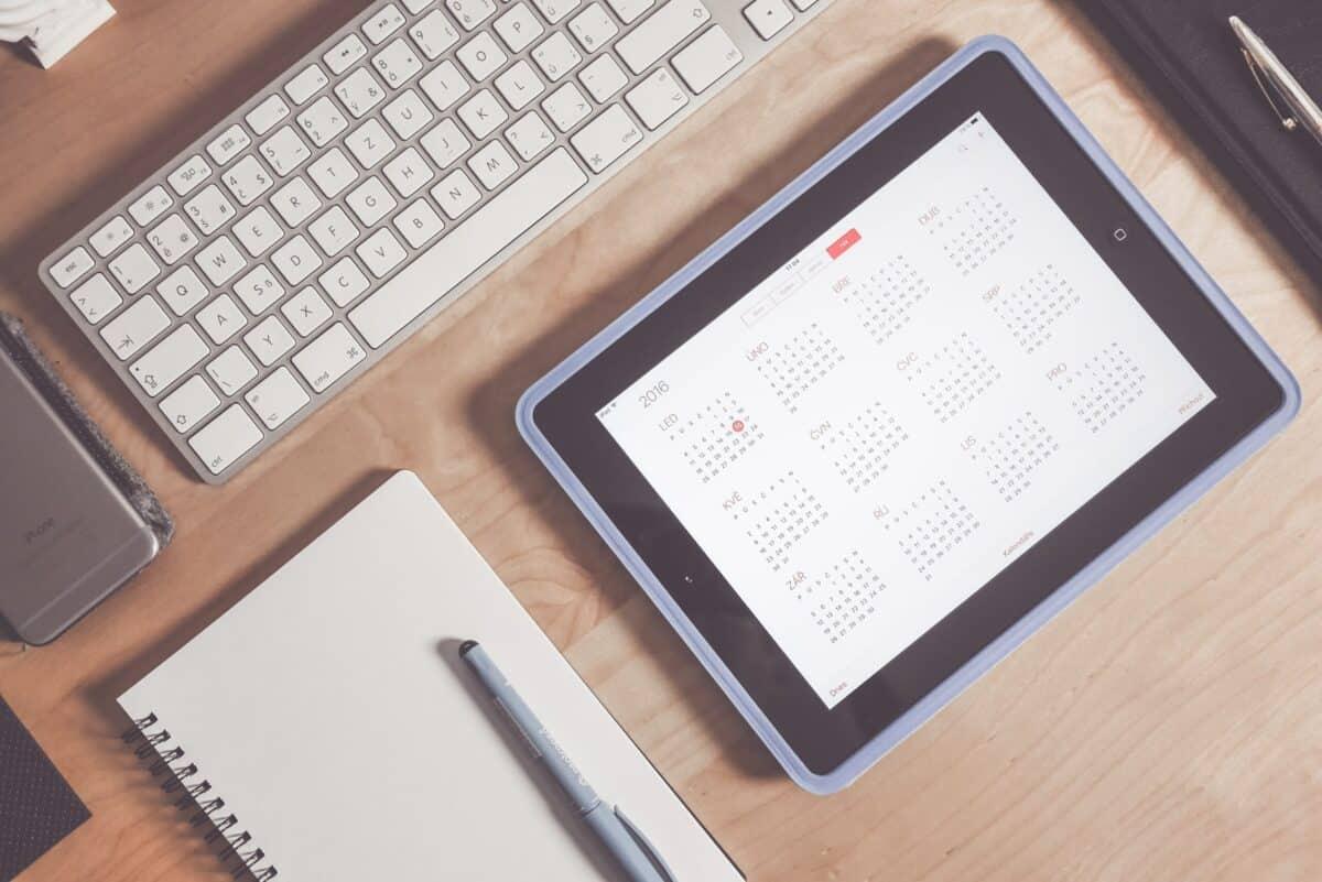 Calendário financeiro: principais vantagens e como montar o seu na prática