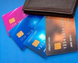 Qual o melhor cartão de crédito sem anuidade? Descubra agora e solicite grátis!