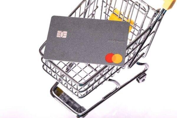 Imagem representando o tema fazer cartão de crédito pela internet Mastercard