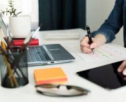 Planejamento Financeiro Pessoal: Passo a passo para fazer o seu [Guia Completo]