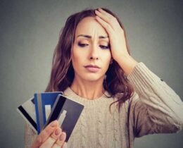 Dívida de cartão de crédito: 4 passos para se livrar delas+ Dica Bônus