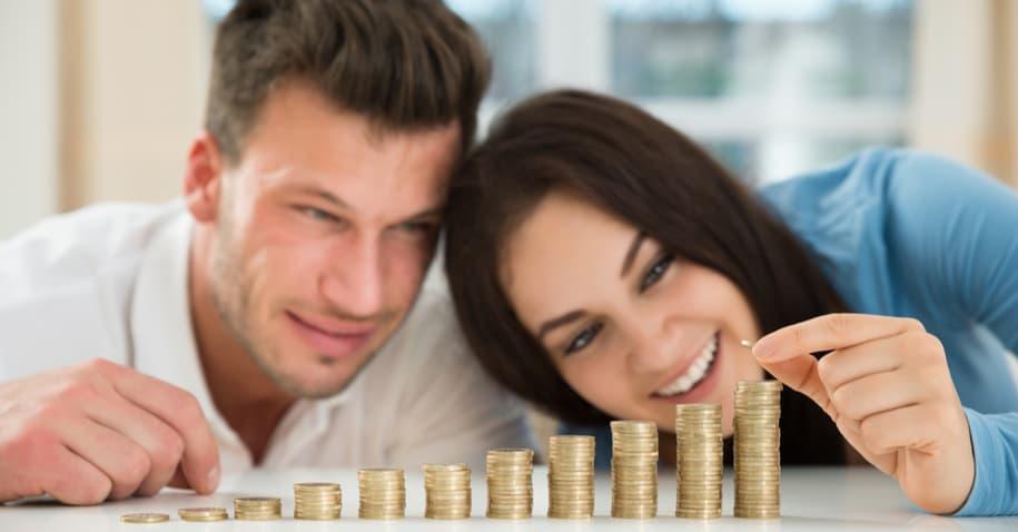 Casal construindo sua riqueza