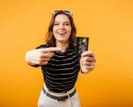 Número do cartão de crédito: para que serve e onde fica cada informação?