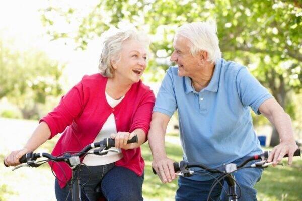previdência privada idosos na bicicleta