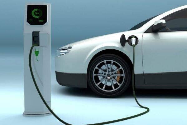 carros elétricos podem gerar economia