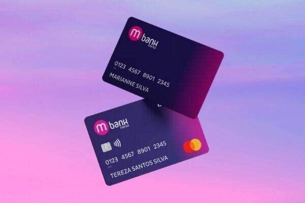 Imagem contém dois tipos de cartão marisa