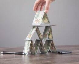Pirâmide Financeira: O que são e como evitar esse modelo de negócio!